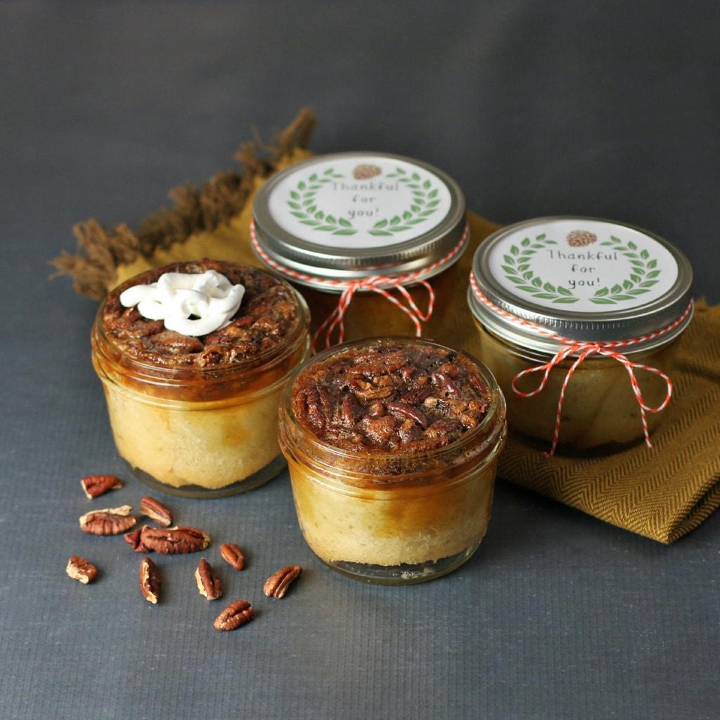 Pecan-Pie-in-a-jar-desserts-in-a-jar