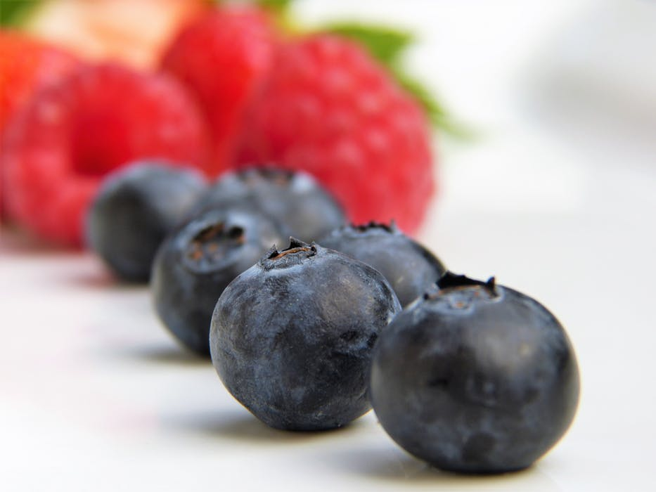alkalize your body: blue berries
