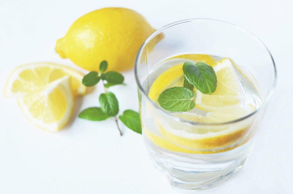 Alkalize your body: lemon water