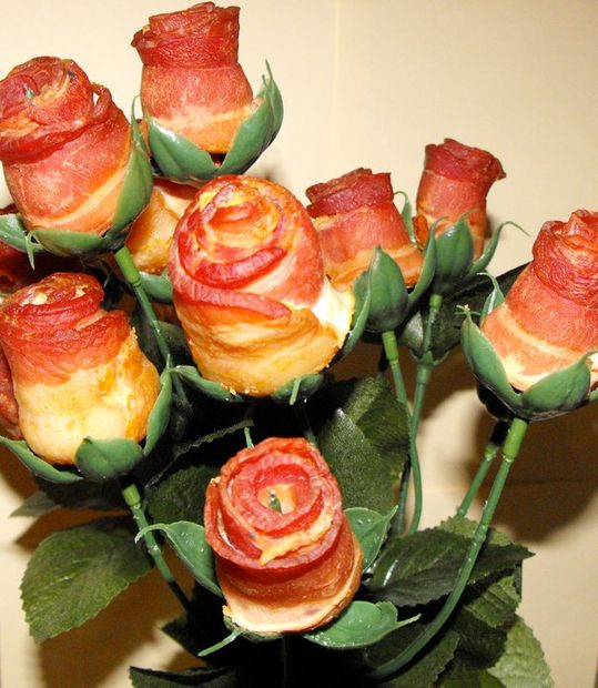 Valentine's Day Recipes: Bacon Roses