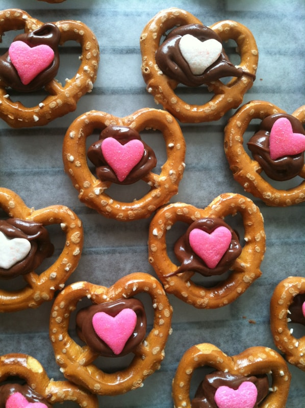 Valentine's Day Recipes: Chocolate pretzels