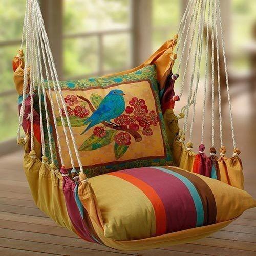 Bohemian inspired bedroom: DIY Hammock swing