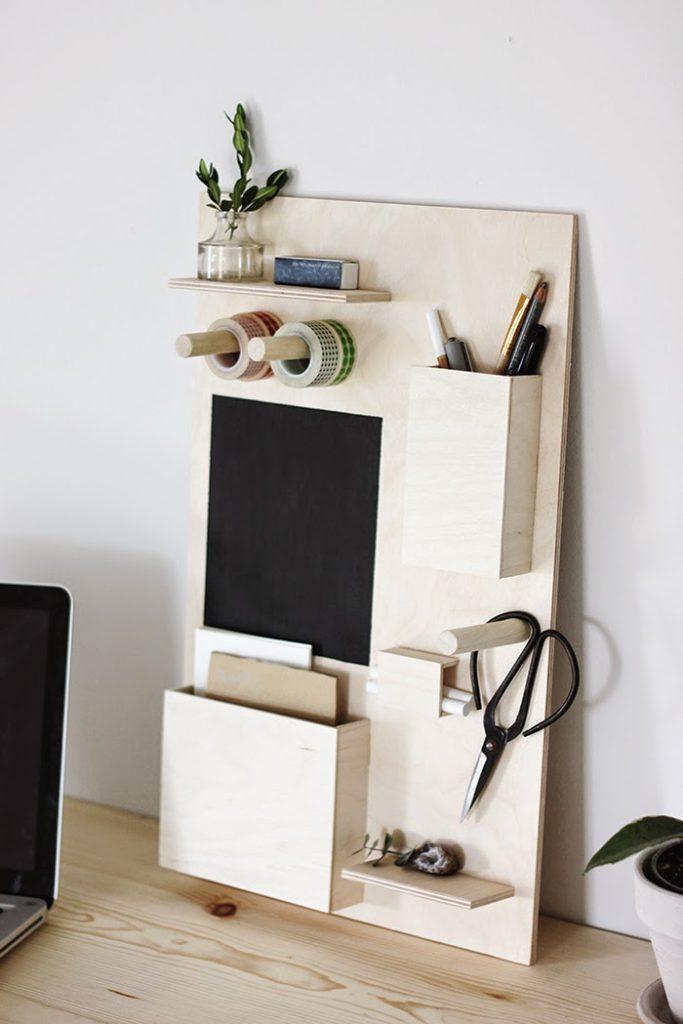 Desk organization: DIY Desk Organizer