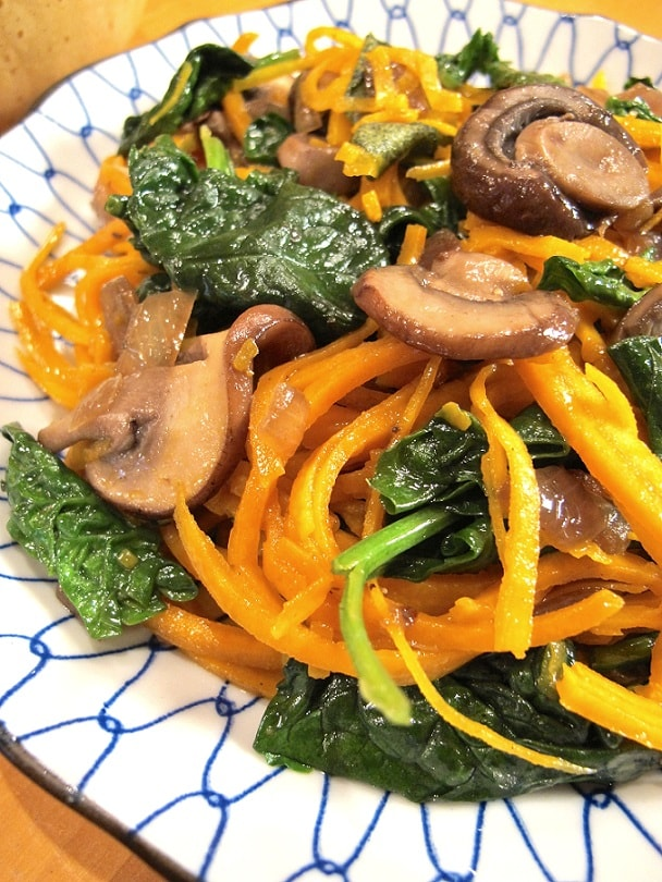 Butternut Squash Recipes: Butternut Squash Noodles With Spinach And Mushroom