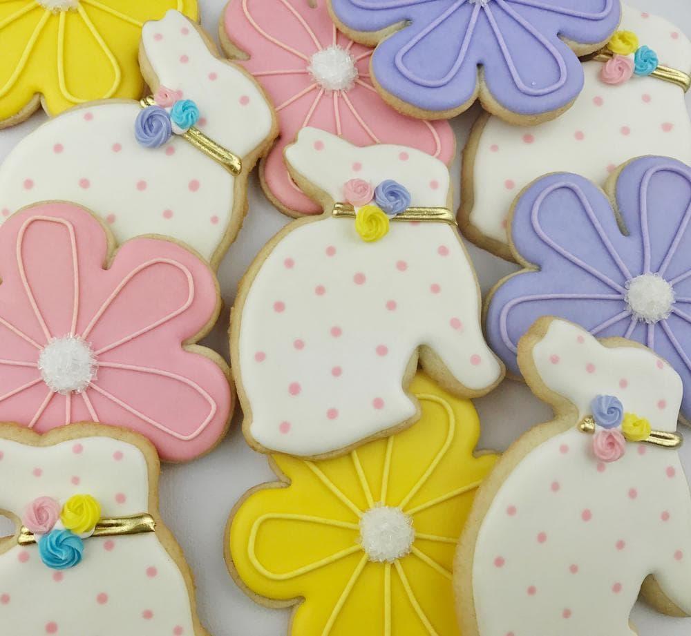 Easter dessert ideas: Elegant Easter Bunny