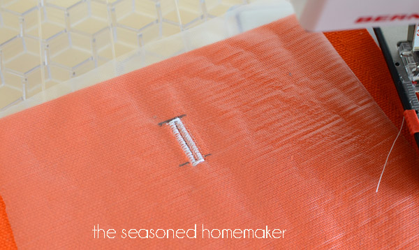 sewing hacks: buttonhole