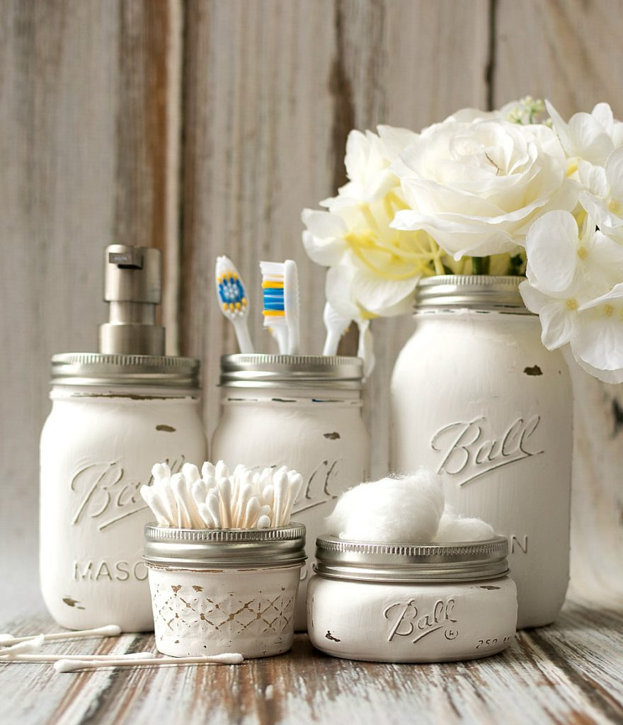 organize your bathroom : mason jar bathroom storage