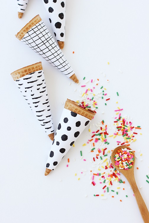 Free printables: diy printable ice cream cone wrapper