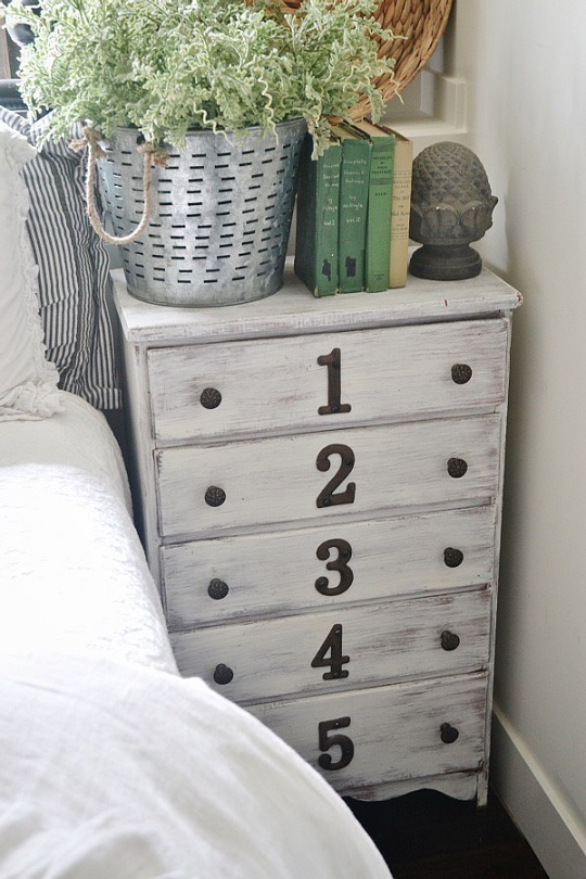 Furniture makeover ideas: side table dresser