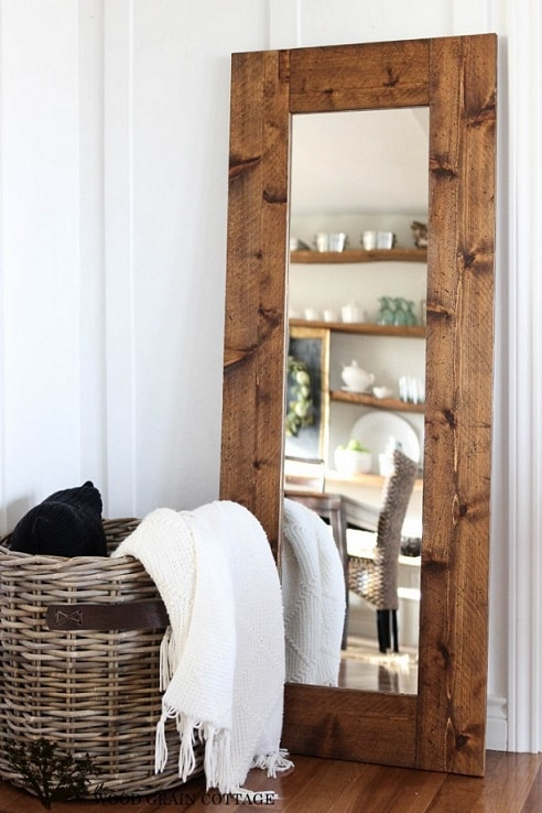 diy farmhouse decor: diy wooden framed mirror