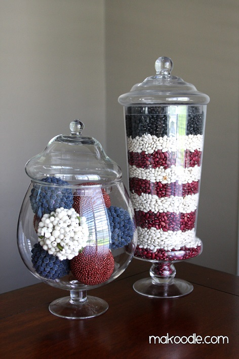 DIY Fourth of July decorations: apothecary jar decorations