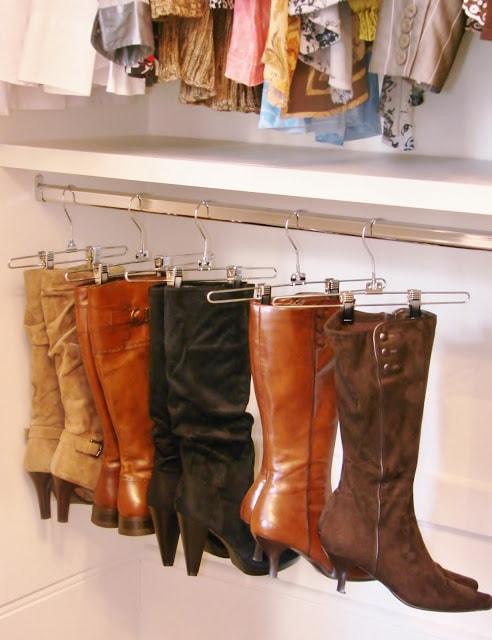 bedroom organization hacks: boot hangers