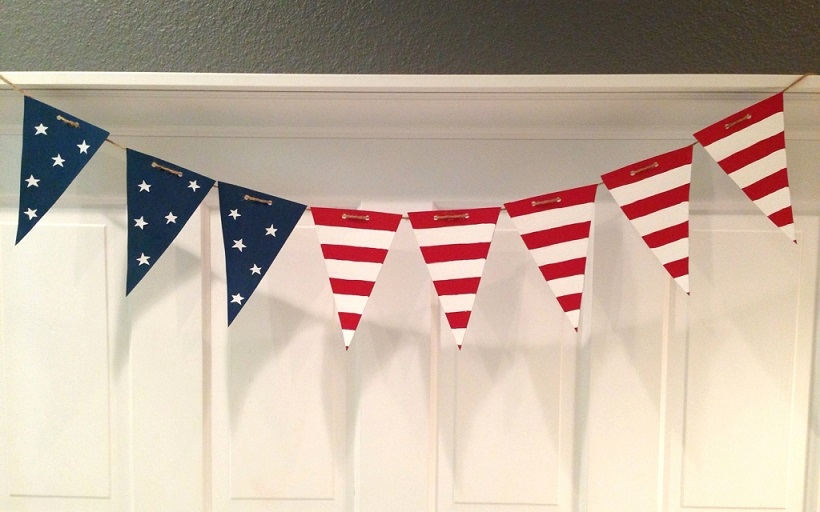 DIY fourth of July decorations: bunting