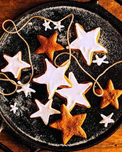 Gingerbread Recipes: Sweet Christmas Gingerbread Star Cookies