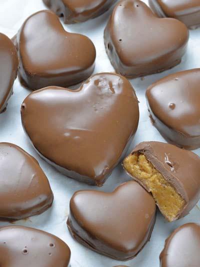 Valentines Day Desserts: Reese's Peanut Butter Valentine's Heart