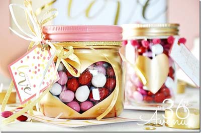 Valentines Day Gift Ideas: Gold Heart Mason Jars