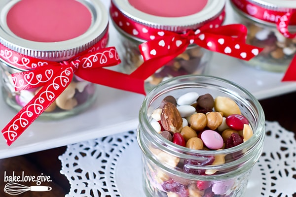Valentines Day Gift Ideas: Mini Candy Jar
